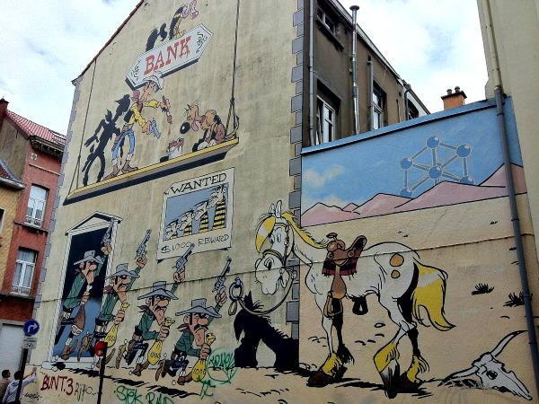 Lucky Luke en andere strips op de muren van Brussel