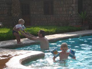 Zwembad bij Hotel Bergerie in de Atlas