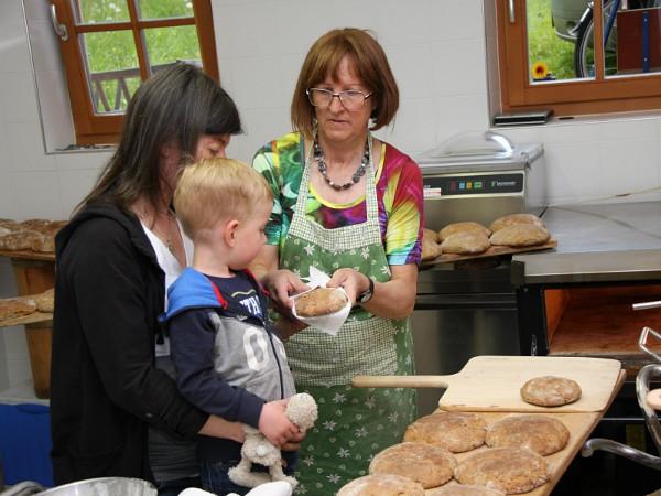 broodjes bakken met de boerin