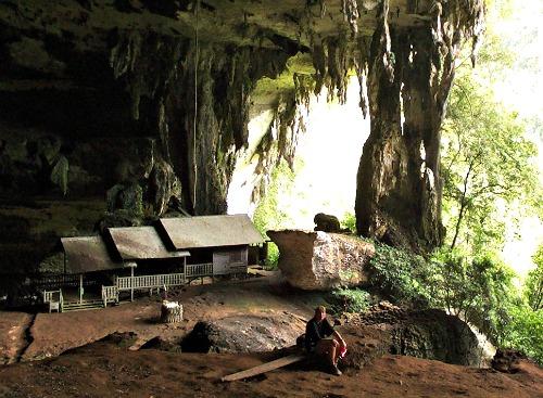 In de Niah Caves