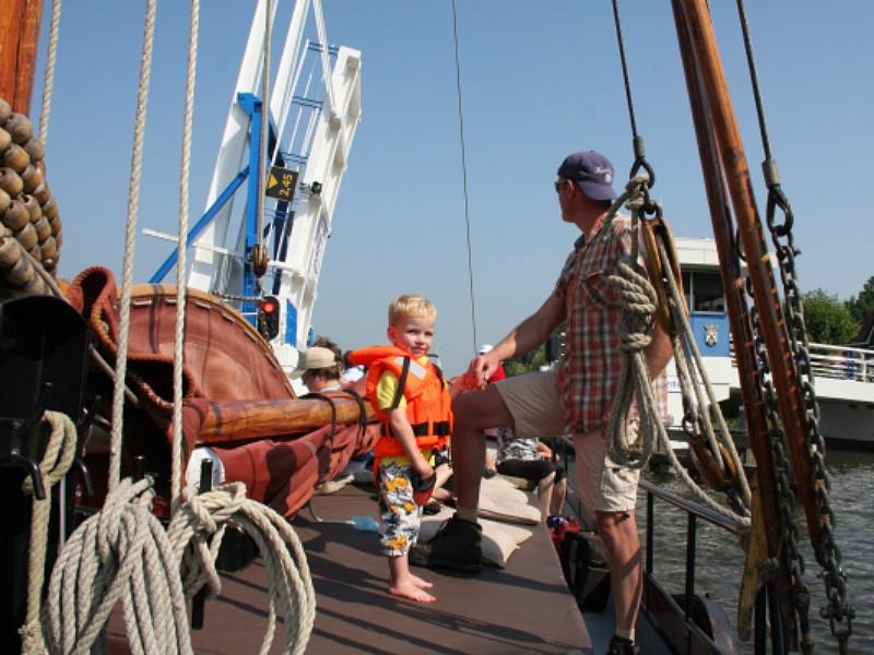varen met een skutsje friesland
