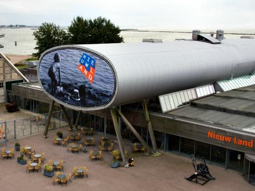 Het Nieuw Land museum en studiecentrum in Lelystad