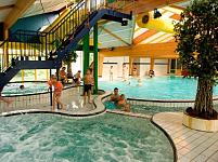 Het zwembad bij camping t Noorder Sandt
