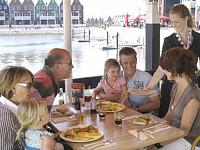 Restaurant bij Marinapark Volendam