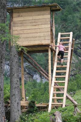 Uitkijktoren in de bergen