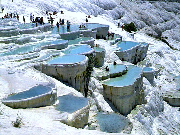 De beroemde kalkterrassen van Pamukkale