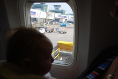 klein ben ik dan als ik de grote vliegtuigen zie
