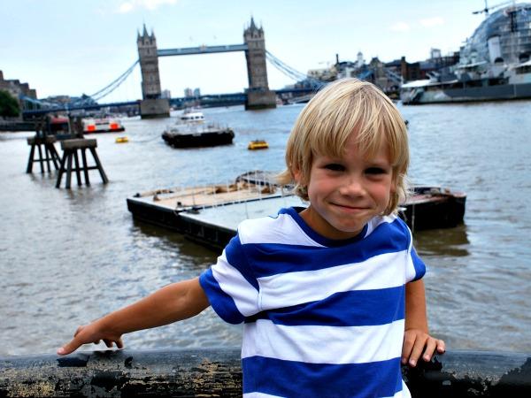 In Londen bij de Tower Bridge