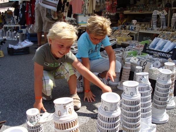 Souvenirs in Pisa