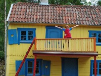 Pippi op het balkon in Astrid Lindgrens World