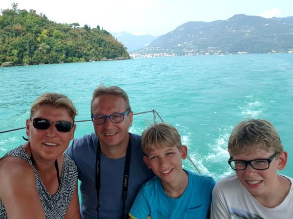 Heerlijk bootje varen op het Gardameer