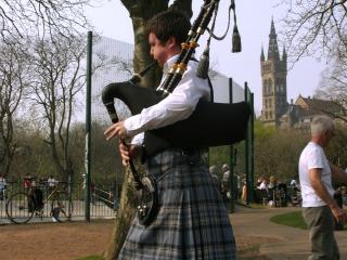 Doedelzakspeler in Schotland