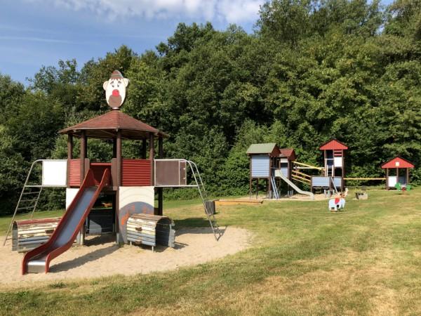 Een speeltuintje op het vakantiepark