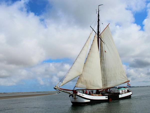 Piratentocht op de waddezee met zeilschip de Spes Mea