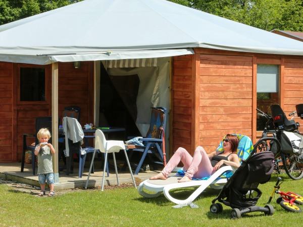 De GlampHome: combinatie van tent en bungalow