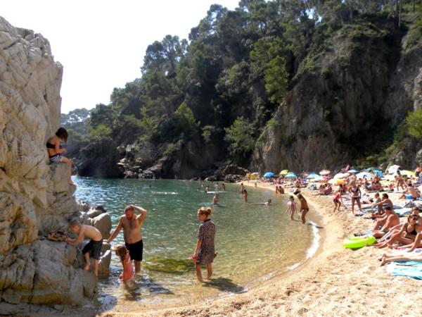 Prachtig strand aan de Costa Brava