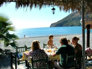 Heerlijk dineren aan een mooi Spaans strand