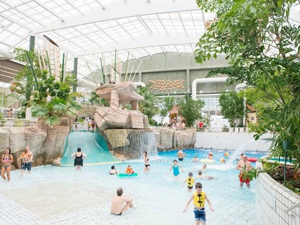 Subtropisch zwembad bij Sunparks Kempense meren