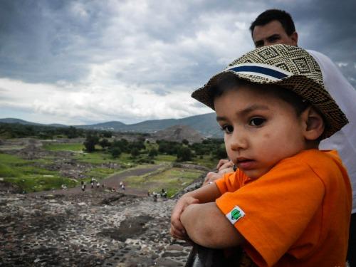 Uitzicht op de Teotihuacan ruïnes in Mexico