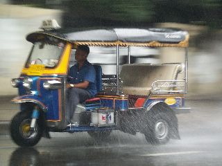 De tuk-tuk in Bangkok
