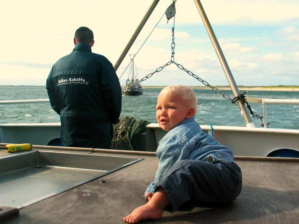 Tycho op een vissersboot in Zuid-Jutland