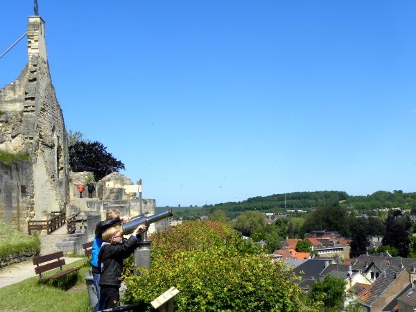 Uitzicht over Valkenburg bij de kasteelruïne