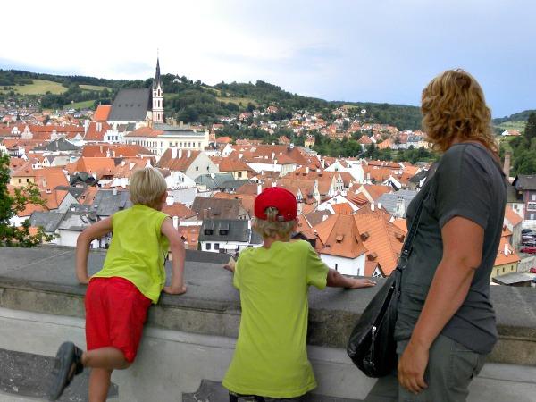 We kijken uit over het prachtige stadje Cesky Krumlov