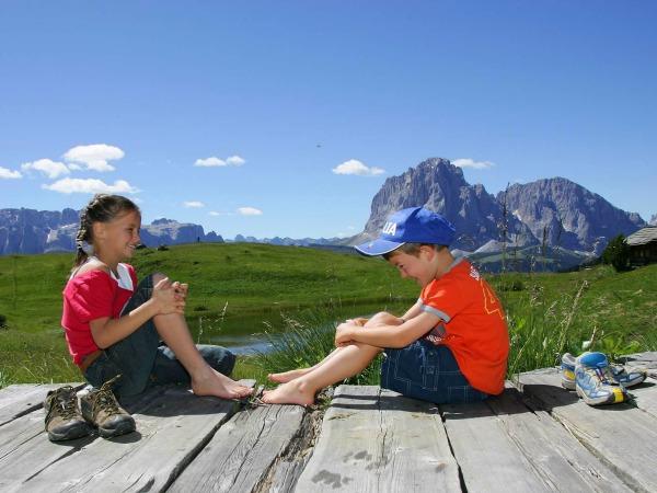 Kinderen vermaken zich prima in Val Gardena