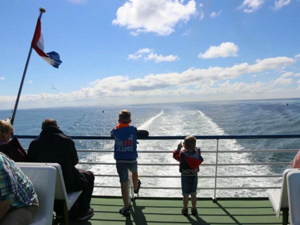 Met een veerboot naar de Waddeneilanden