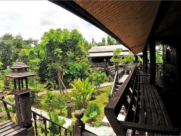 De veranda van de bungalows