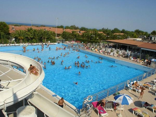 zwembad Villaggio Turistico Lido D'Abruzzo