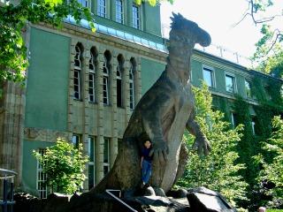 Dino-beeld bij de Berlijnse dierentuin