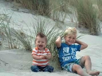 Spelen op het strand en in de duinen van Ameland