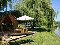 Tentensuite tent op een prachige camping
