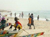 Op het strand van Saint Louis Senegal