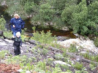 Klimmen en klauteren bij de rivier