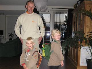 Klaar om door oom Cock naar Schiphol te worden gebracht