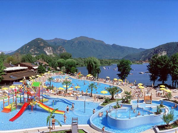 een gezinsvakantie aan de meren in italië