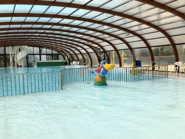 Het zwembad dat in de zomer buitenbad wordt