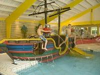 Zwembad van Camping de Noetselerberg