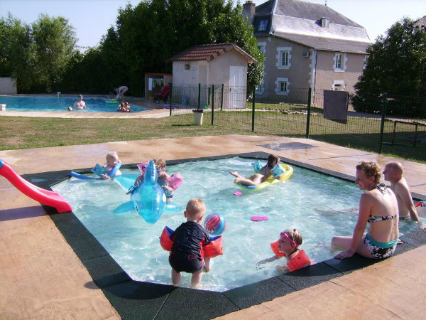 Zwembaden bij Le Grand Etang