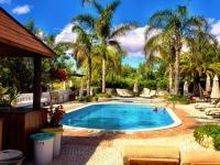 Het zwembadterras bij Vila do Ouro